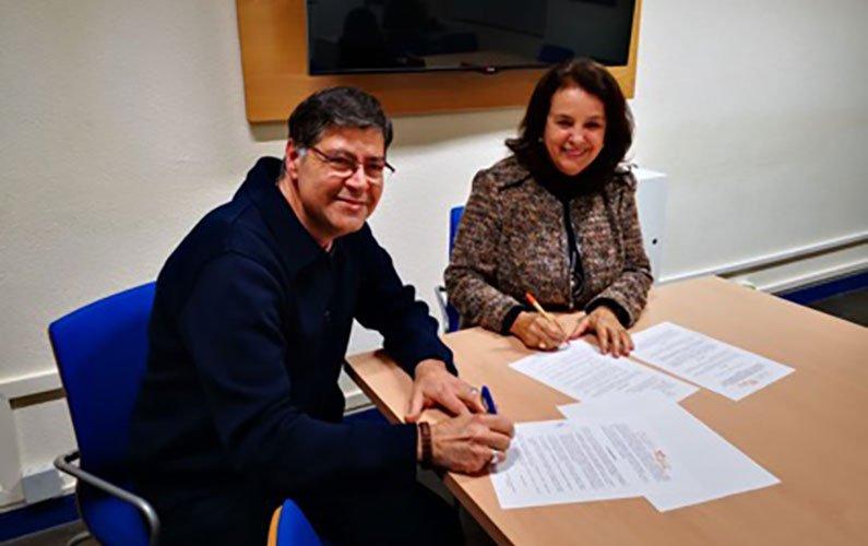 Firma de convenio específico de colaboración entre ACAMECO y la asociación HESTIA