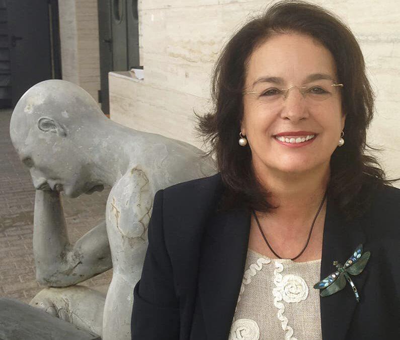 La presidenta de ACAMECO nombrada profesora honorífica de la ULPGC